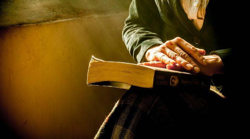 Czytanie wpływa na dłuższe życie