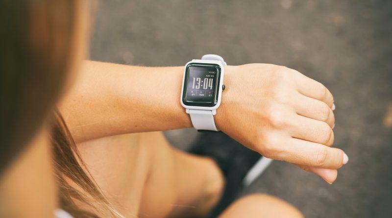 Czym kierować się przy wyborze idealnego zegarka?