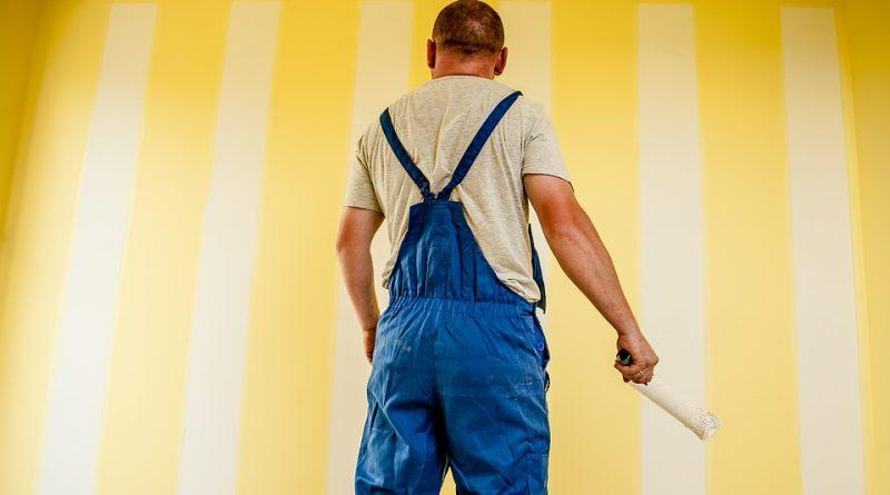 Jak pomalować ściany i sufit bez smug?