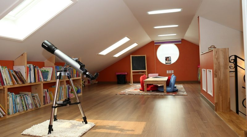 Czym ocieplić drewniany strop?