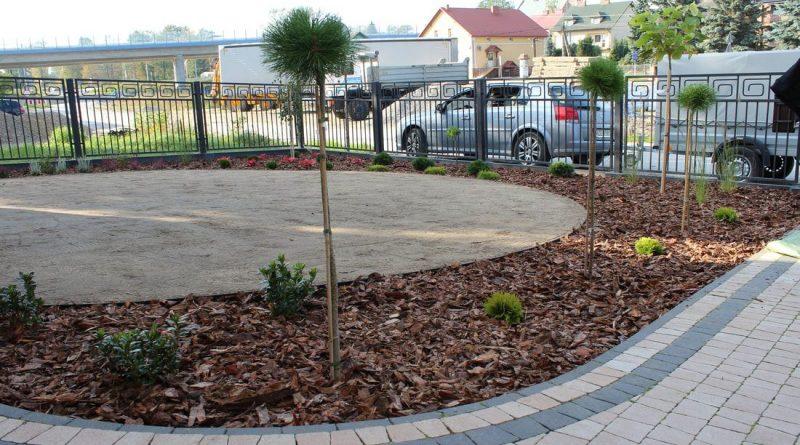 Projektowanie ogrodów — samodzielnie czy z pomocą profesjonalistów?