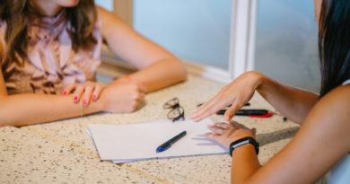 Psycholog dziecięcy. Czym się zajmuje? Kiedy warto się do niego udać?