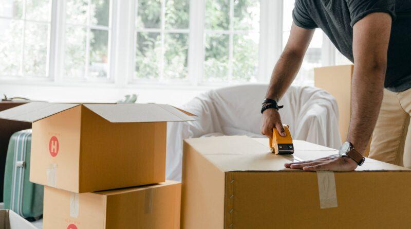 Jak zapakować rzeczy w czasie przeprowadzki?