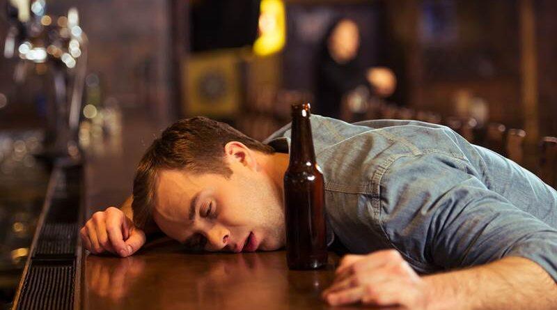 Odtrucie alkoholowe – kiedy powinno być zastosowane?