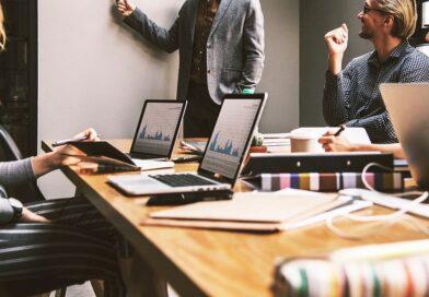 Poszerzanie kompetencji pracowników- szkolenia dla firm